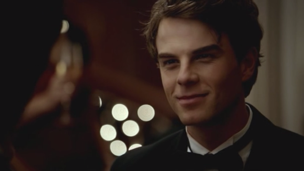 Nathaniel-Buzolic-as-Kol-The-Original-on-The-Vampire-Diaries-S03E14-5