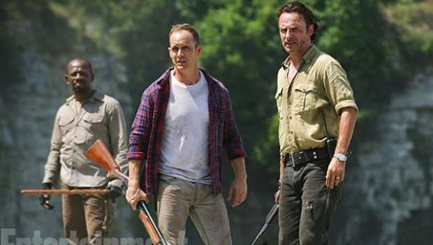 the-walking-dead-season-6-photos-show-new-characters