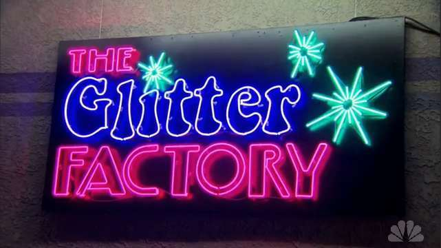 The Glitter Factory. Imagem: Parks and Recreation Wikia.