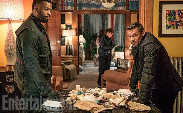 "CHICAGO P.D. -- ""Don't Read The News"" Episode 410 -- Pictured: (l-r) LaRoyce Hawkins as Kevin Atwater, Nick Wechsler as Kenny Rixton -- (Photo by: Matt Dinerstein/NBC)"