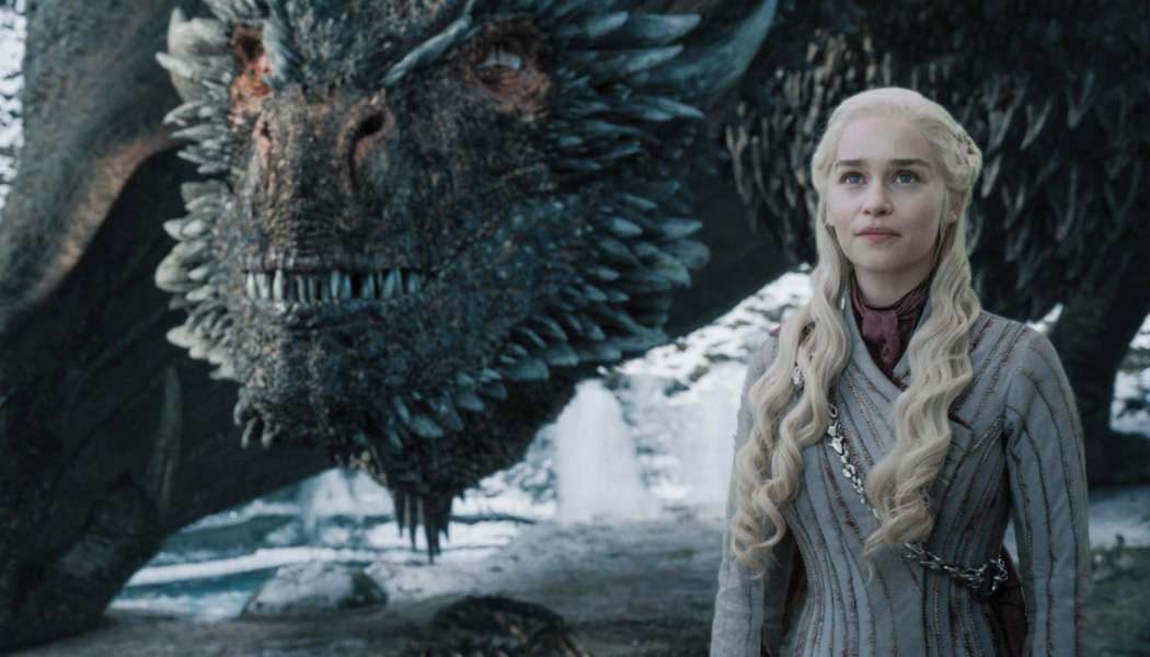 Imagem do final de Game of Thrones Daenerys com Drogon