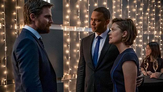 Crítica: Arrow continua despedida de seus personagens no episódio 8x06