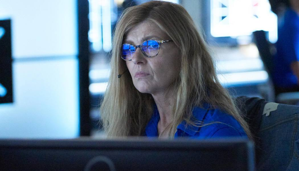 911 poderá ter retorno de Connie Britton
