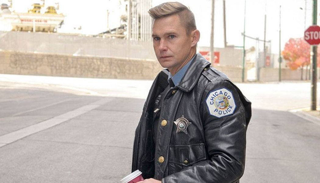 Roman crossover Chicago PD