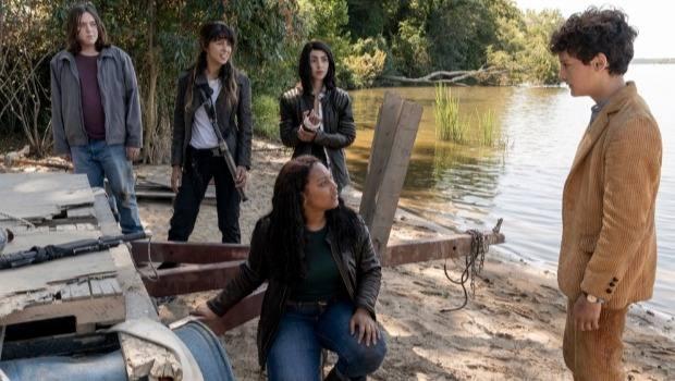 Crítica: Elton é o melhor personagem e 1x05 de The Walking Dead: World Beyond deixou claro