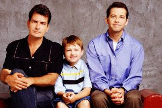 Two and a Half Men por que Charlie Sheen saiu